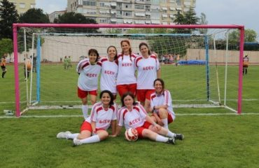 kızlar_sahada (Mobile) (1)