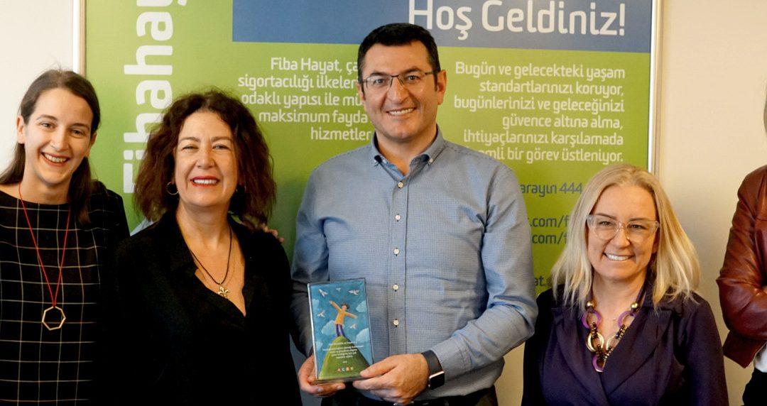 Ödülümüz Fibaemeklilik Hayat Sigortası Pembe Kurdele'ye!